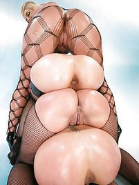 Booty Big Tits Group - Big Ass Group Sex Pics